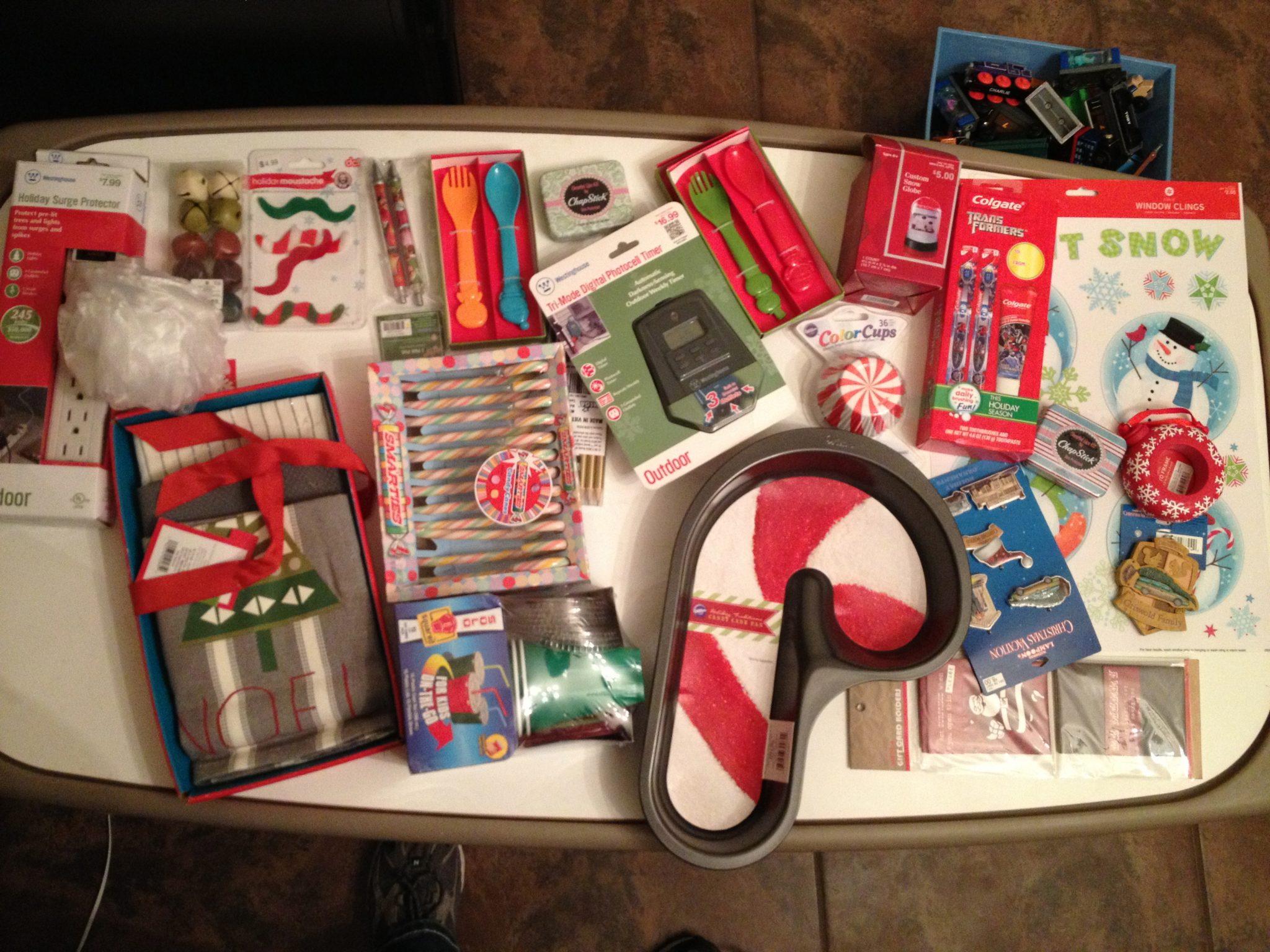 wilton, kitchen towels, ornaments