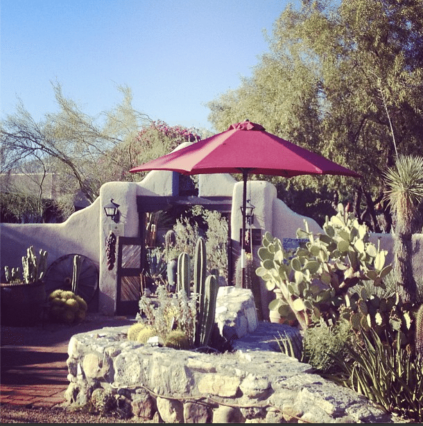 Hacienda Del Sol Guest Ranch Entry