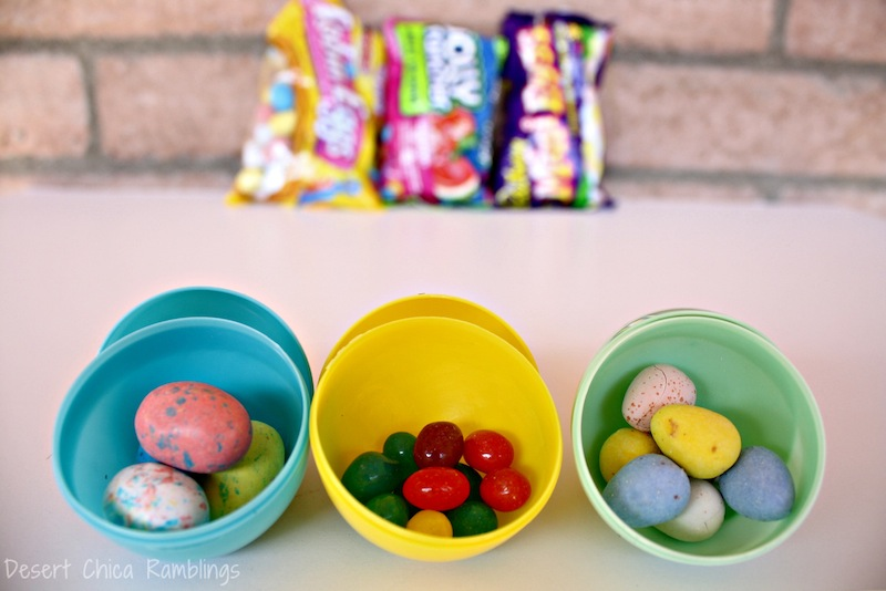 Hersheys Easter Egg Hunt Candy | Easter egg hunts were always my favorite part of Easter as child, and they still are as a mom... Today I am sharing a few fun Easter Egg Hunt tips