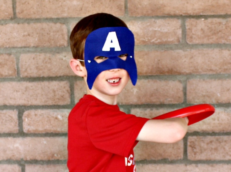 Captain America Mask missing his teeth