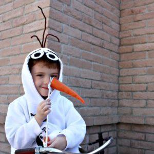 DIYl Olaf Costume Sweatshirt