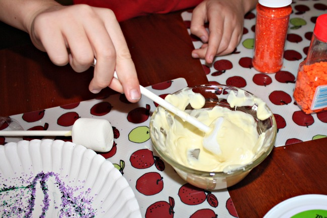 Make Marshmallow Pops