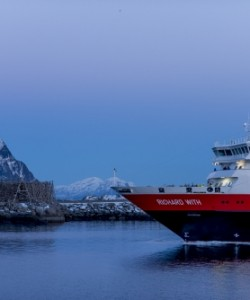 Northern Lights Norway Cruise #hurtigruten