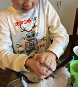 Make your own snow with northpole toys