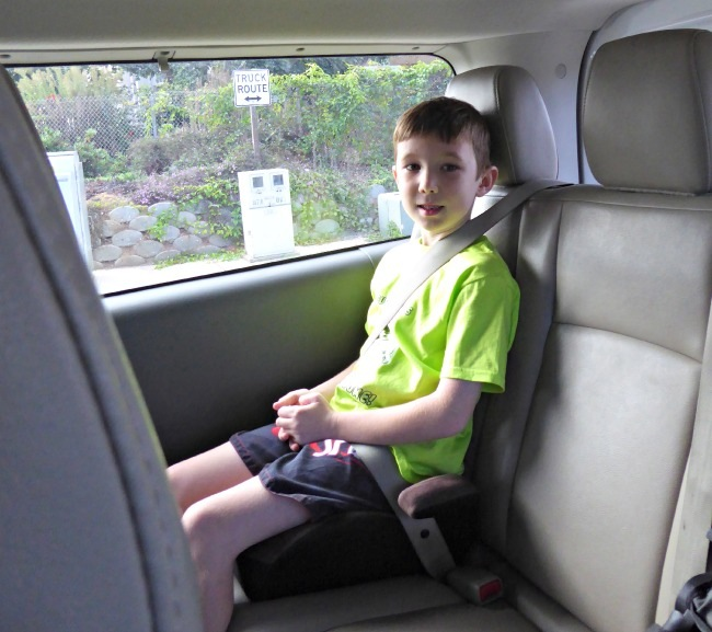 West Inn and Suites Shuttle with Booster and Car Seats