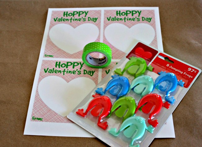 Hoppy Valentines Day printable cards materials