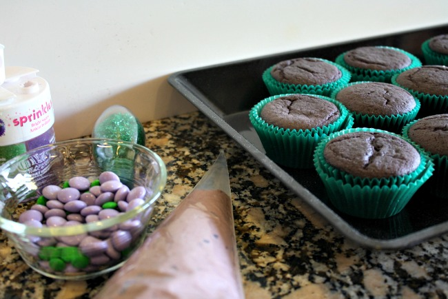 Hulk Cupcake ingredients