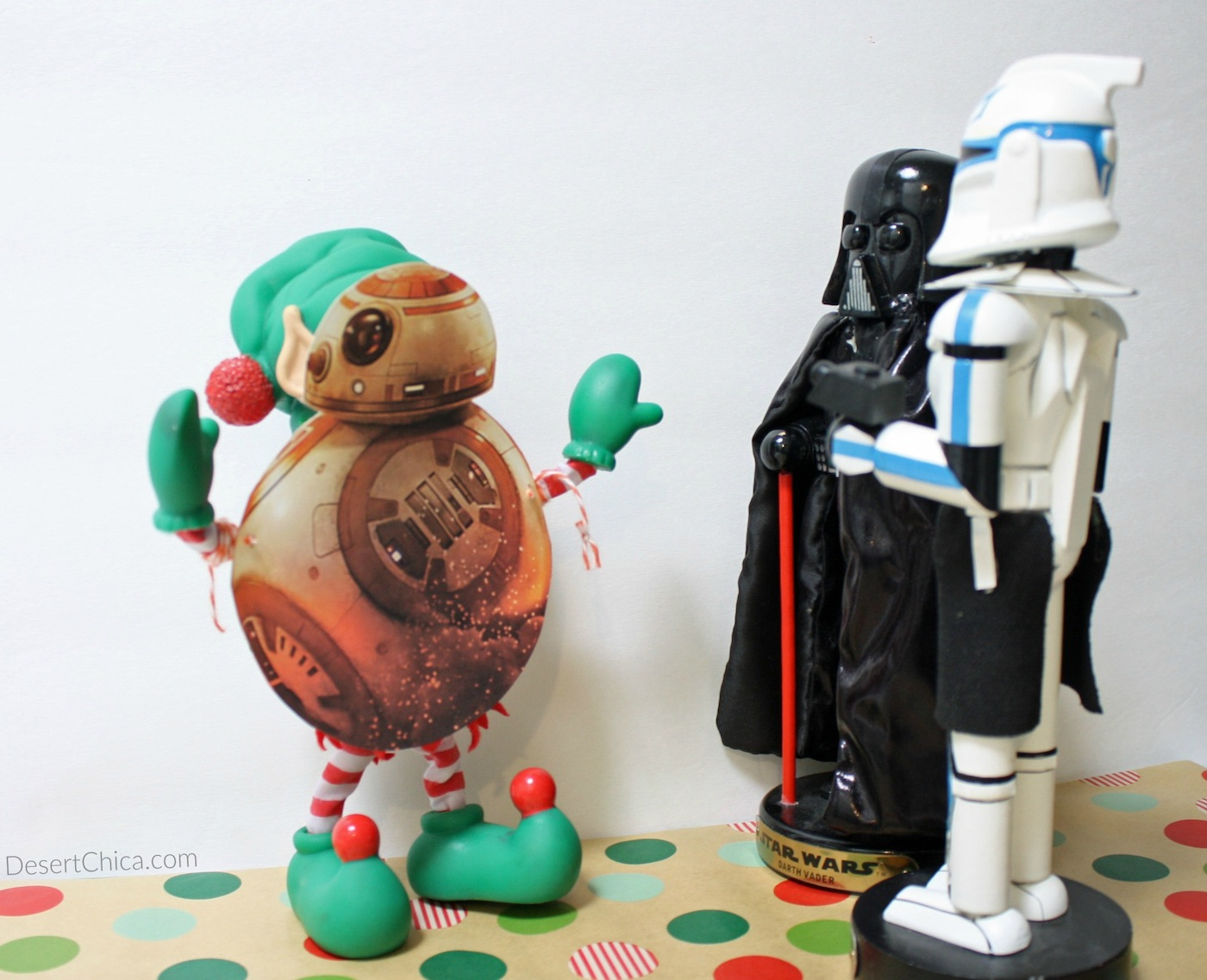 BB-8 Elf meets Darth and Dark Side