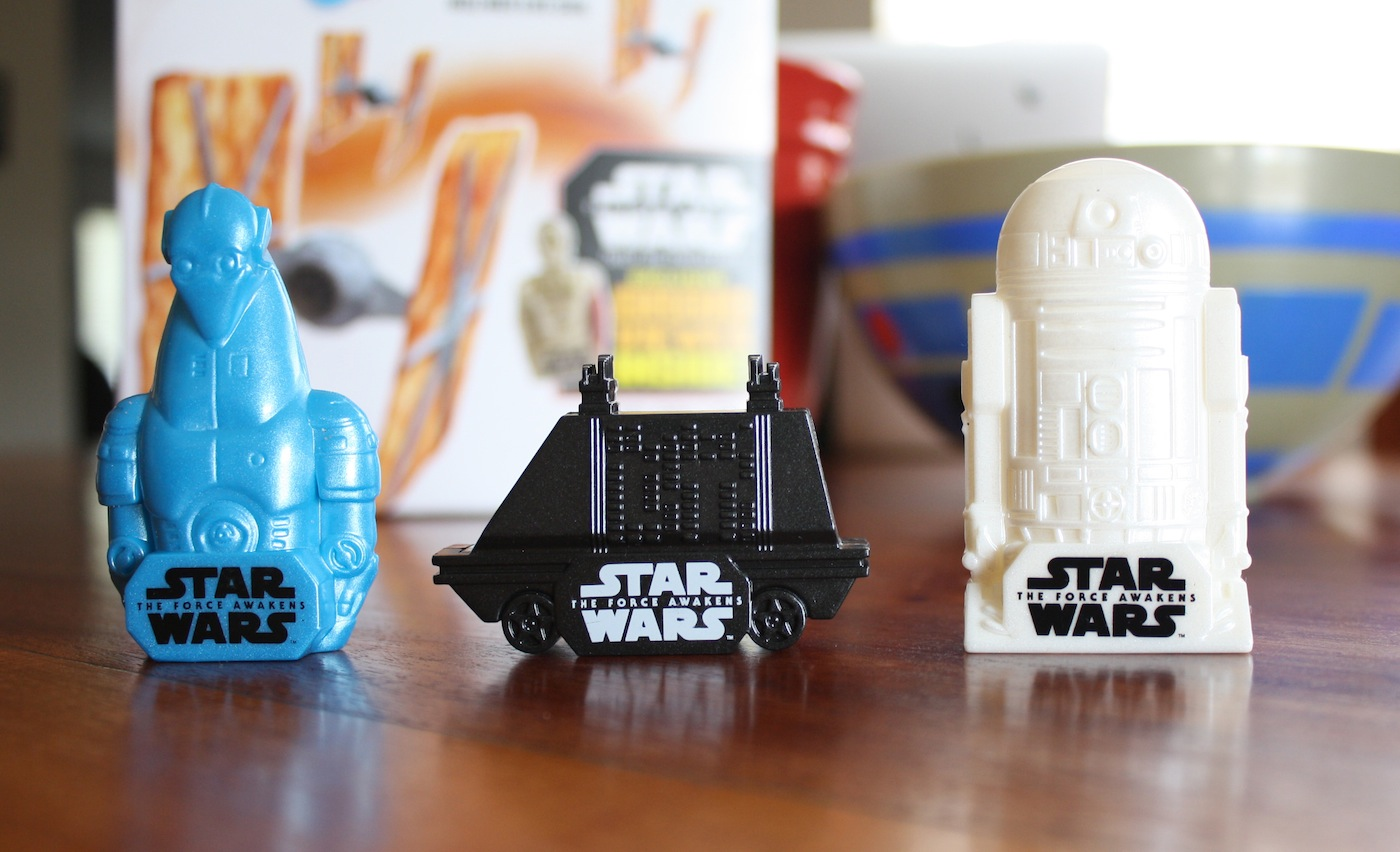 Star Wars The Force Awakens Droid Toys in Cereal Boxes