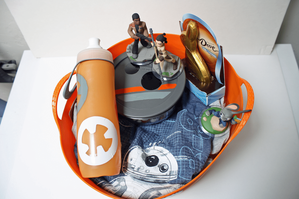 BB-8 Easter Basket Contents