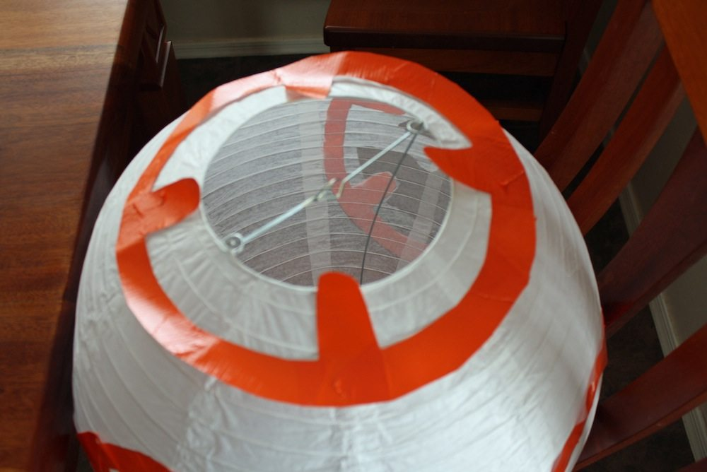 Pattern at the top of BB-8 Paper Lantern