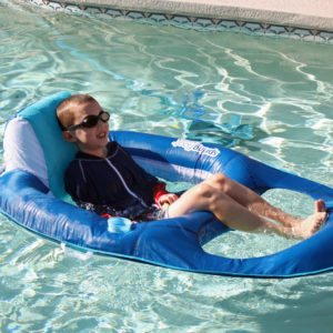 Summer fun with SwimWays Spring Float Recliner