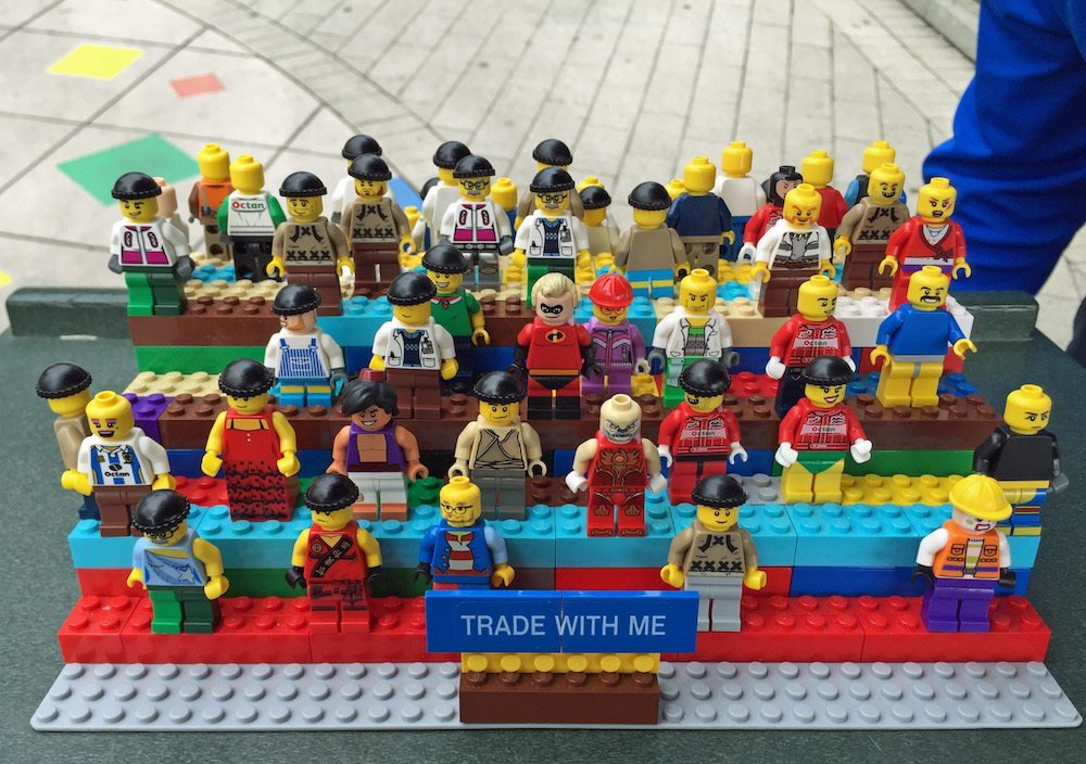 Minifigure trading at LEGOLAND California