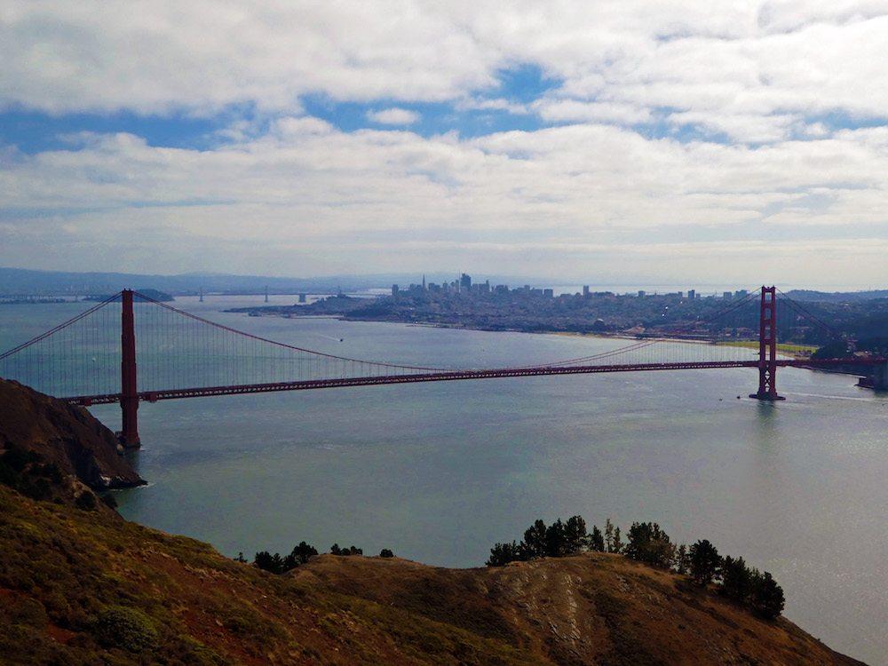 golden-gate-bridge-view-from-hawk-hill