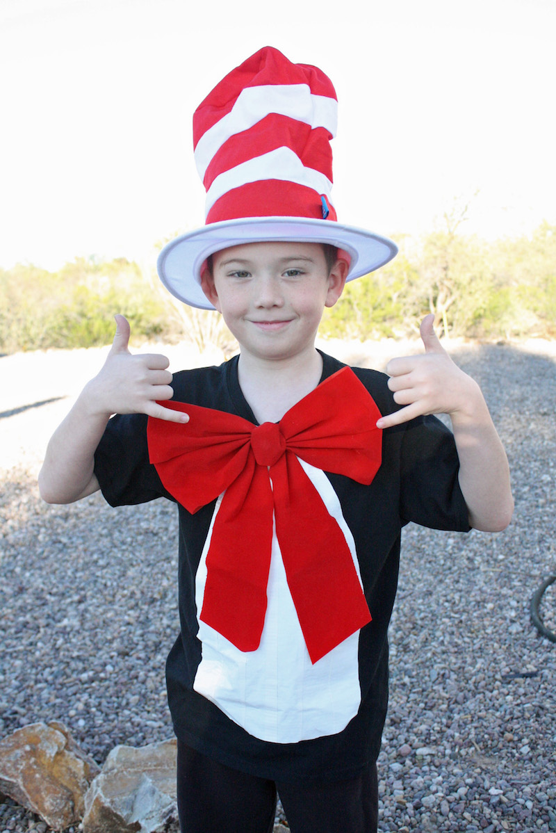 A popular choice for dress as your favorite Dr. Seuss character day was definitely the Cat in the Hat. Thankfully this Cat in the Hat Costume is an easy DIY