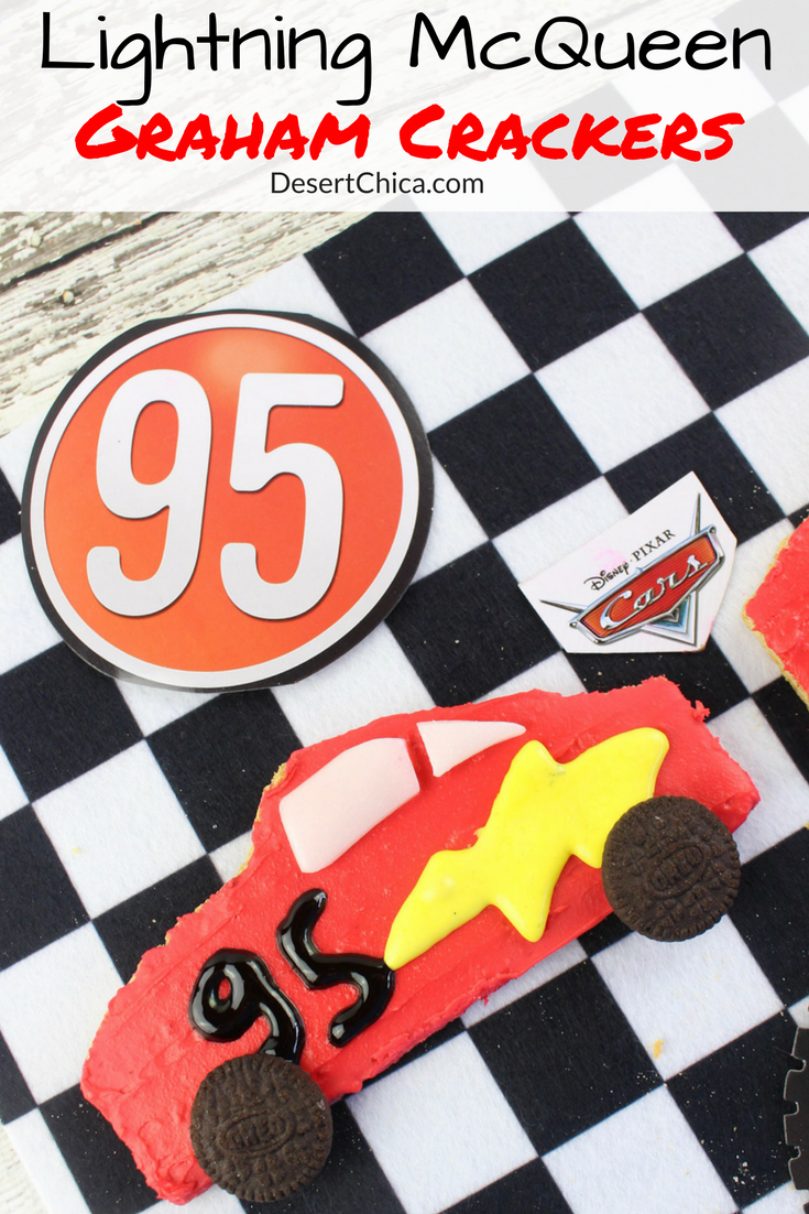 You won't believe how fast your kids will eat these cute Lightning McQueen graham crackers. Make a few to celebrate the new Cars 3 movie! Ka-chow!