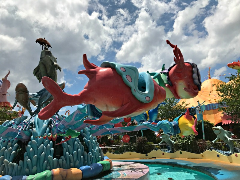 One Fish is the only water ride without a heigh requirement and is perfect water fun for all ages at Universal Orlando