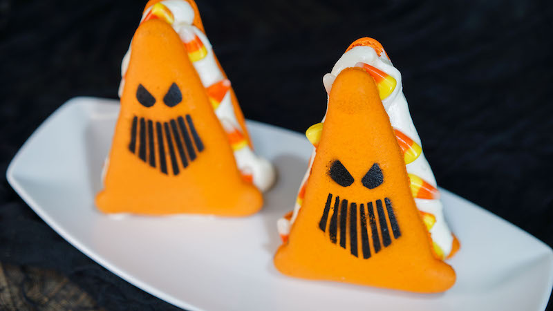 Spoke-y Cozy Cone Cookies at Cars Land