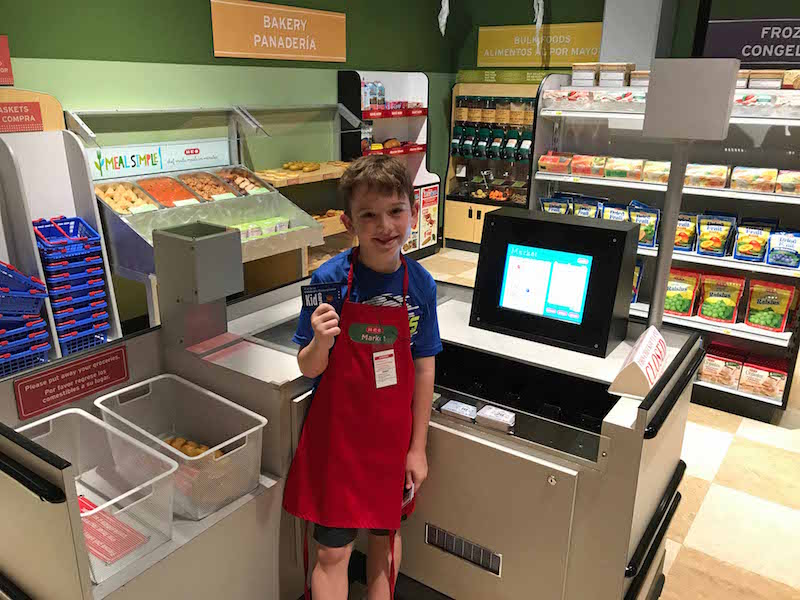 Mini HEB supermarket at Sugar Land Children's Museum and lots more to do near Houston with kids