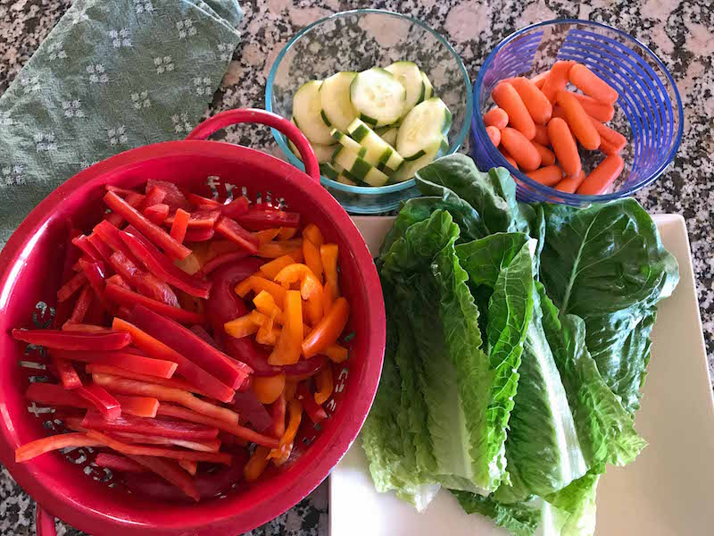 Turkey Veggie Tray ingredients