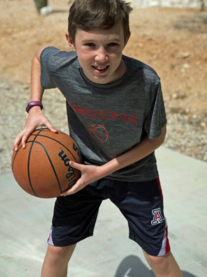 Looking for fun ideas for basketball shirts for boys or girls? Or simply want to support your favorite team? This DIY vinyl design works for club, high school or even collegiate fans.