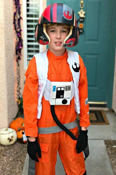 DIY Poe Dameron Pilot Costume