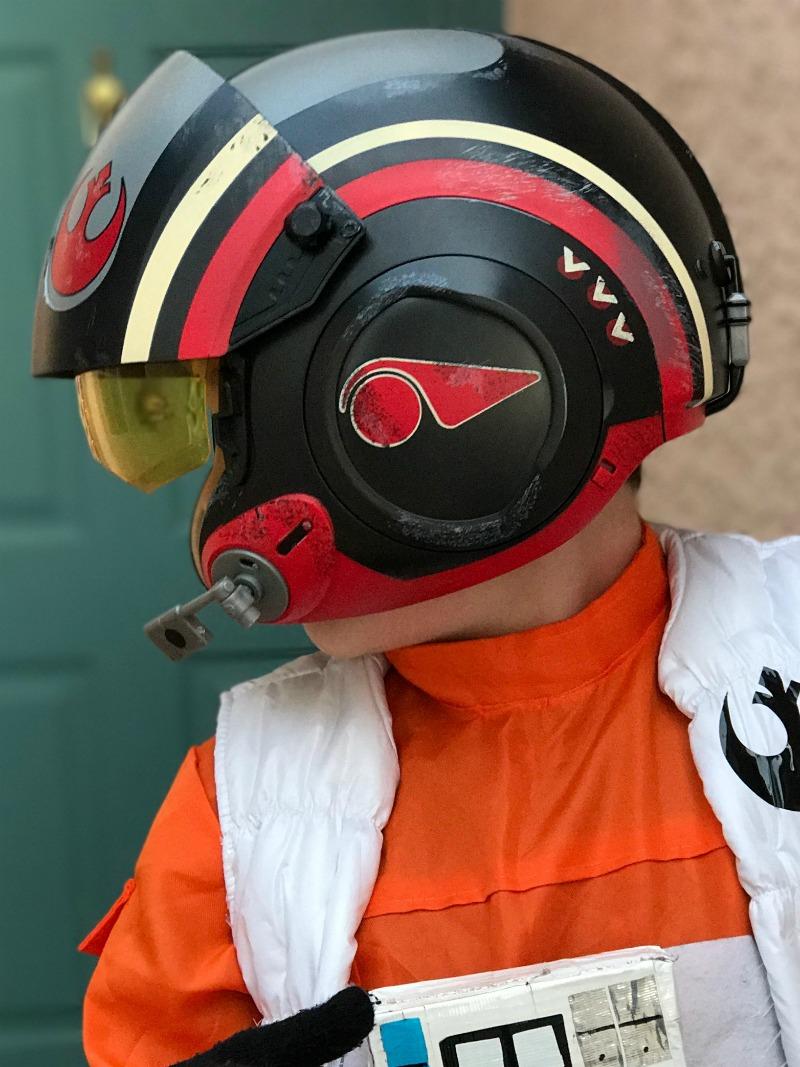 DIY Poe Dameron Pilot Helmet Costume