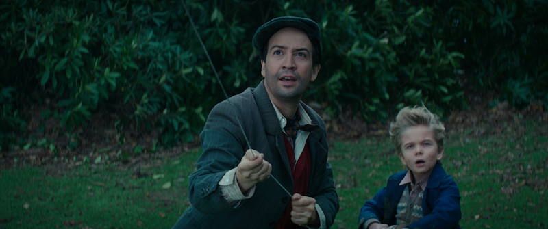 Jack helping the children catch the Kite in Mary Poppins Returns